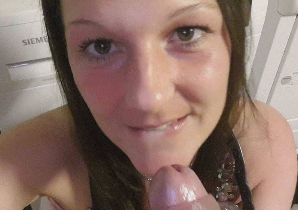 Hot German young MILF gets fucked and cum on! Nice Fuck! Tit
